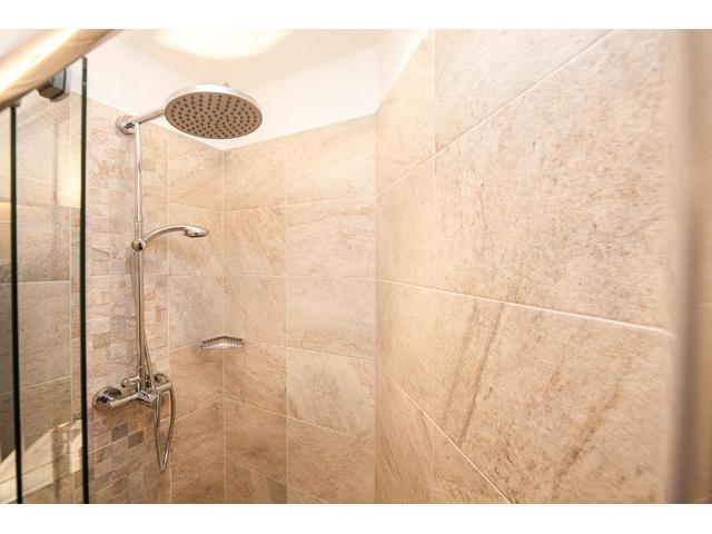 Entire Apartment Stuwerstrasse Vienna - bathroom